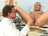 Mamuska lubi czesto chodzic do ginekologa