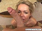 Sex mamuska pragnie possac kutasa