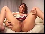 Sexy azjatka przyjmie sperme na twarz