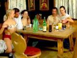 Zbiorowa popijawa konczy sie orgia