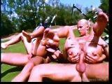 Seks grupowy na polu golfowym