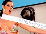 Miss kobiety w kategorii PISSING