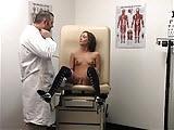 Kobiece wytryski u doktorka