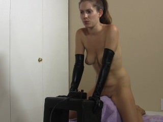 Talking about my past lesbian fun while riding my Sybian