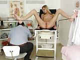 Zboczony ginekolog z mloda pacjentka