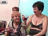 Babski wieczor - stare lesby z nastolatkami