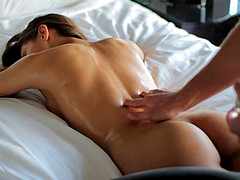 Sara loves it when the massage turns into a wild penetration session