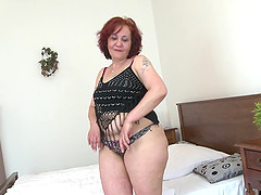 Massive ass redheaded mommy licking and fucking her toys
