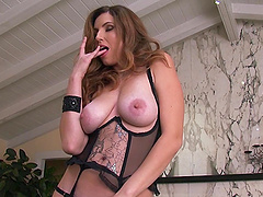 Incredible Jamie Lynn Masturbates Until She Has An Orgasm