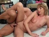 Porno blondynka chce sie ruchac