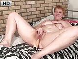 Stara pizda na orgazmie