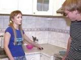 Rosyjska nastolatka z obcym kolesiem