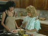 Vintage lesbian - olwosione cipy w kuchni