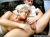 Dwie babcie uzaleznione od porno