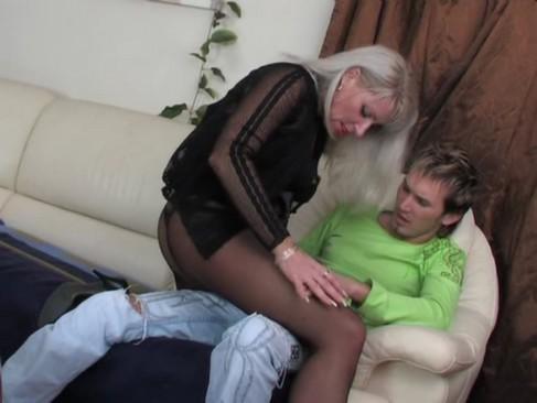 Rosyjska mamuska piekna kobieta