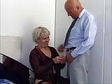Staruszka w hotelu z kochankiem
