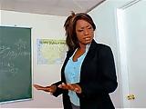 Czarna nauczycielka rucha sie z uczniem