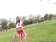 Cheerleaderka ze starszym kolega