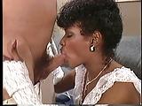 Klasyka porno - czarna z bialym