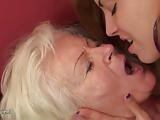 Babcia ma sex romans z nastolatka