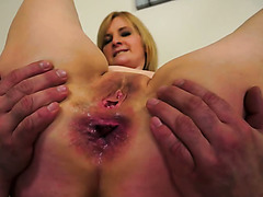 Gaping ass hole of time worn slut is banged once again