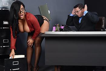 Bardzo seksowna sekretarka