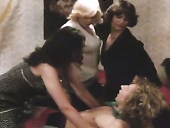 Hardcore group sex video featuring several porn stars from the past