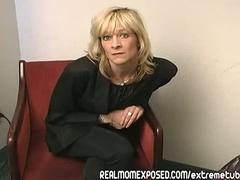 Sex z dojrzala blondynka