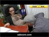 Moj szef jak zawsze napalony