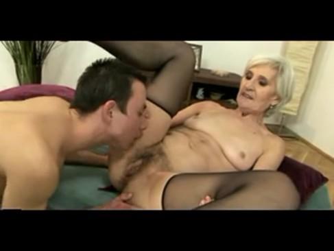Viviana grey haired granny in stockings