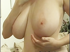 Showing off her stunning body is what kathryn enjoys doing after stripping Amateur Videos