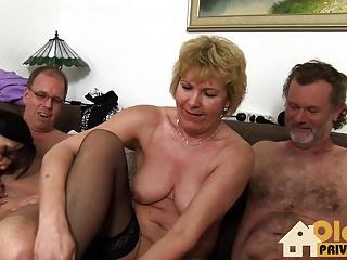 Filmy porno orgie