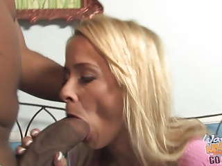 Perfect mature mother suck and fuck fat black cock