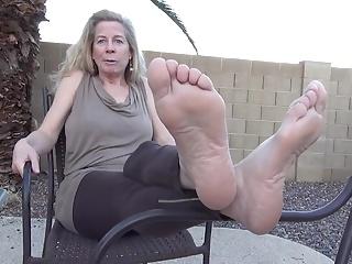 Mature feet sex videos