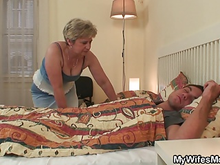 She finds her mom and boyfriend fucking