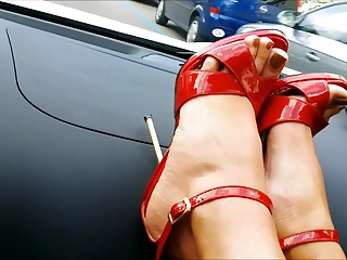 MILFY sexy feet in red hot heels