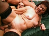 Threesome with two hot grannies
