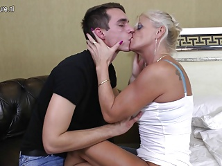 filmy porno moms boy
