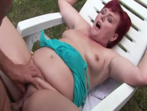 BBW amateur fingered and fucked