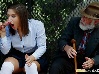 Funny situation of pussy slammed daughter and her grandpa watches at bus stop - Abella Danger and Bill Bailey