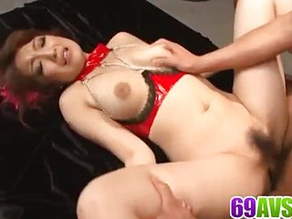 Aiko Nagai screams while having her twat demolished