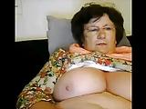 Mature gros seins excitee en cam