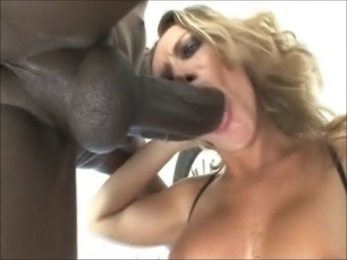 Sexy Alessia gets fucked good by Omar