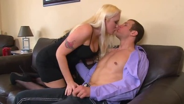 Tempting breasty young harlot Alana Evans brings dude to ejaculation