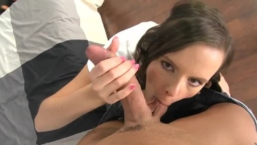 European playgirl is acting in cock sucking porno video
