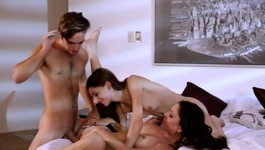 Breathtaking hard fuck group porn video