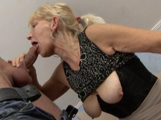 Blonde German Granny - Grannies porn