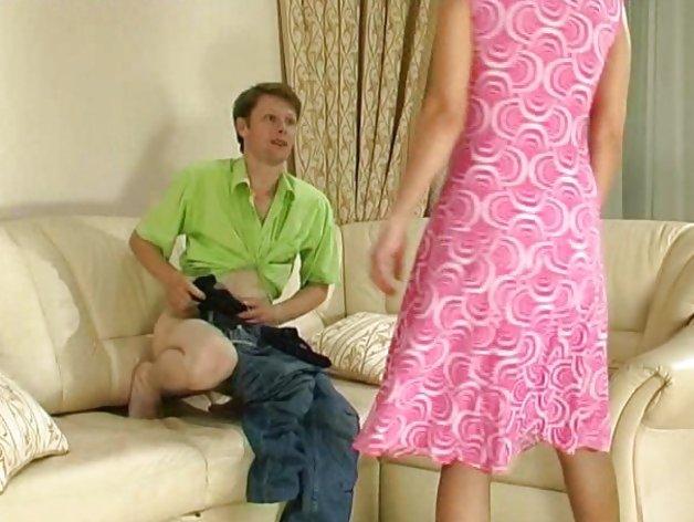 Guy caught wanking gets a MILF bonus