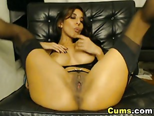 Sexy Babe Masturbating Hard with a Dildo