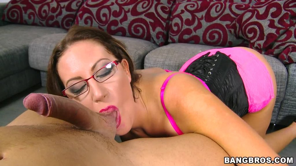 Smoking Hot Milf With Huge Tits Emma Butt Gets Nailed In The Office